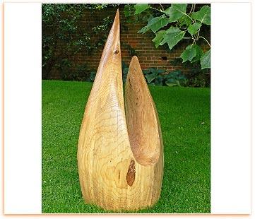 Merveilleux Wooden Sculpture